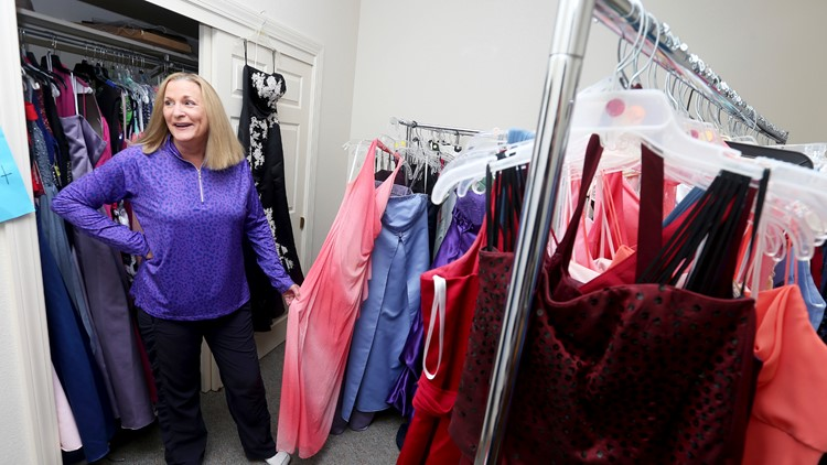 Project in Wyoming helps students save money on prom dresses