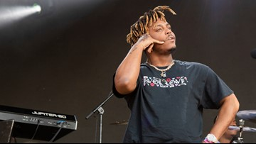 Rapper Juice WRLD suffered convulsions as federal agents searched plane