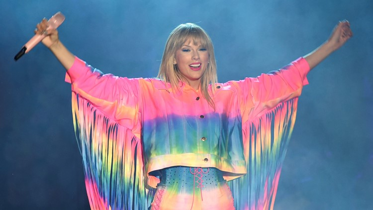 Taylor Swift says she plans to re-record her songs' masters