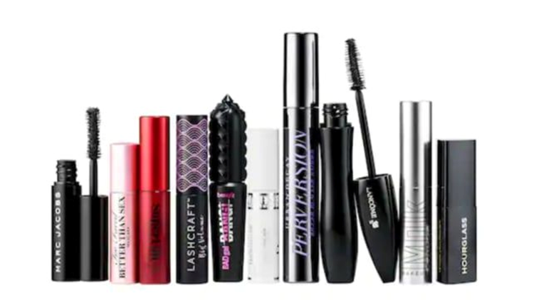 best-beauty-gifts-2018-lashstash.png