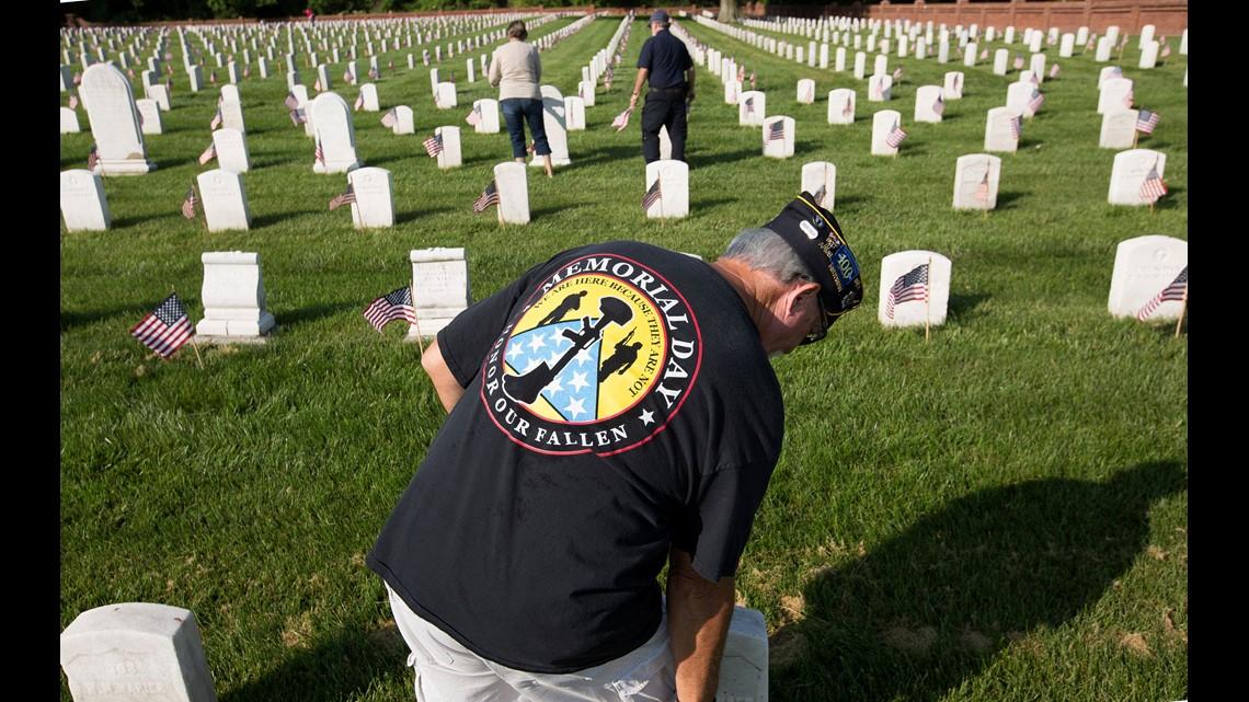 Trump honors America's fallen in Memorial Day ceremony at
