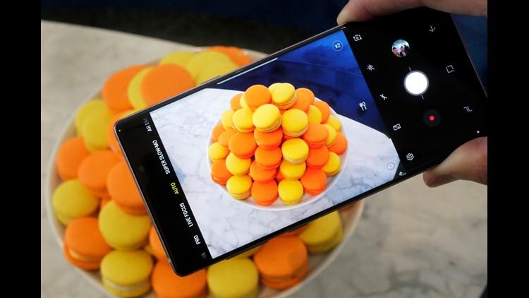 AP TEC SAMSUNG'S NEXT PHONE F USA NY