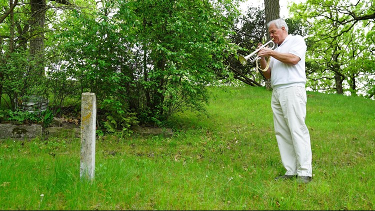Gary Marquardt plays for a deceased veteran