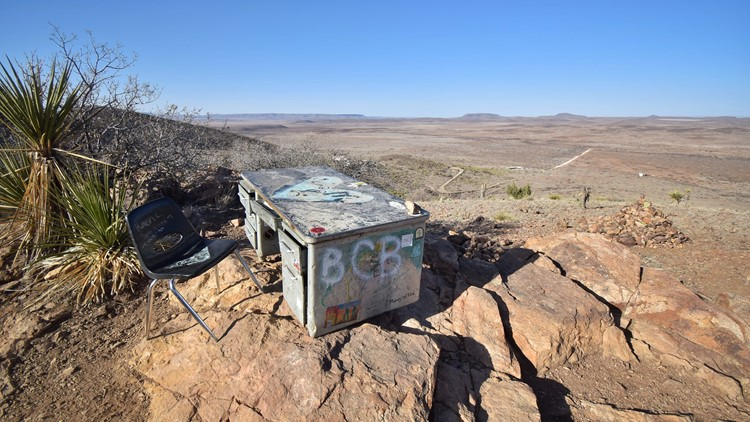 An unnatural sight in the desert: The 40-year story of 'The Desk'