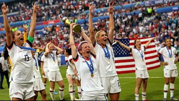 'Equal pay! Equal pay!' World Cup crowd breaks into chant after U.S. women win title match