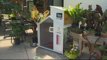 In Oregon, you can rent an air-conditioned dog house while you shop