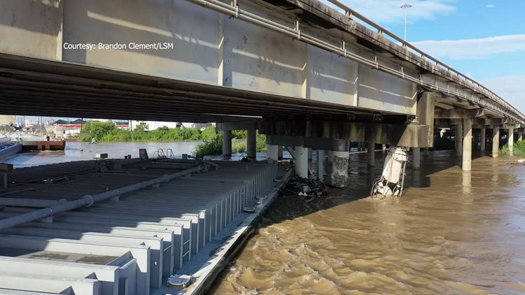 Incredible drone video shows I-10 barge crash near Houston