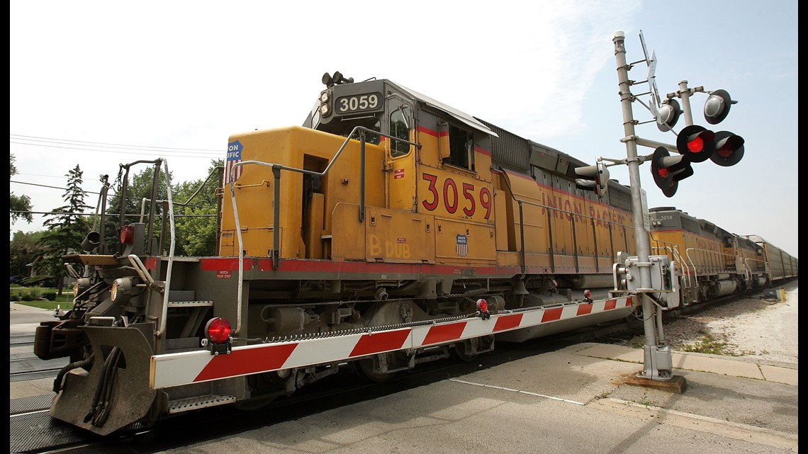 A Closer Look at the Railroad Job Offering a $20,000 Hiring