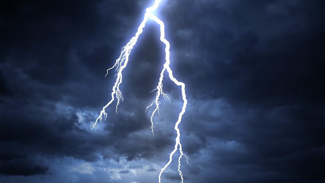 Hiker killed by lightning strike in Northern California