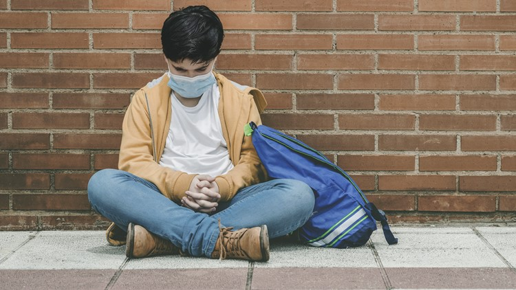 Doctor shares tips for helping kids overcome 'mask bullying'