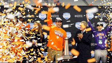 Clemson beats Virginia in ACC Championship at Bank of America Stadium