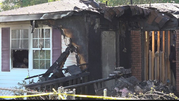 Two people dead in Friday night house fire in Kershaw County