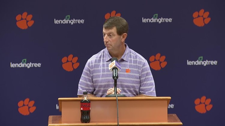 Dabo defends his offense -