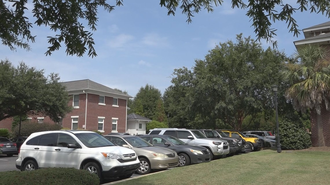 What you need to know about the USC Greek Village parking plan
