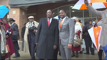 Former Claflin President honored with building dedication