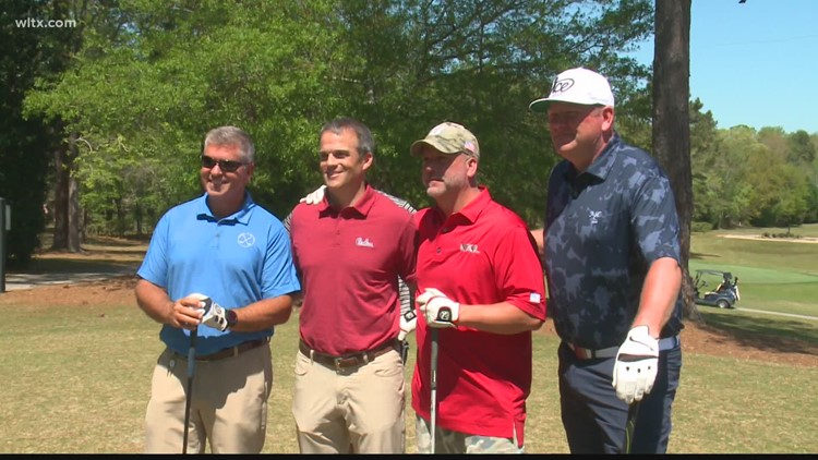 Beamer makes the rounds at the Country Club of Lexington