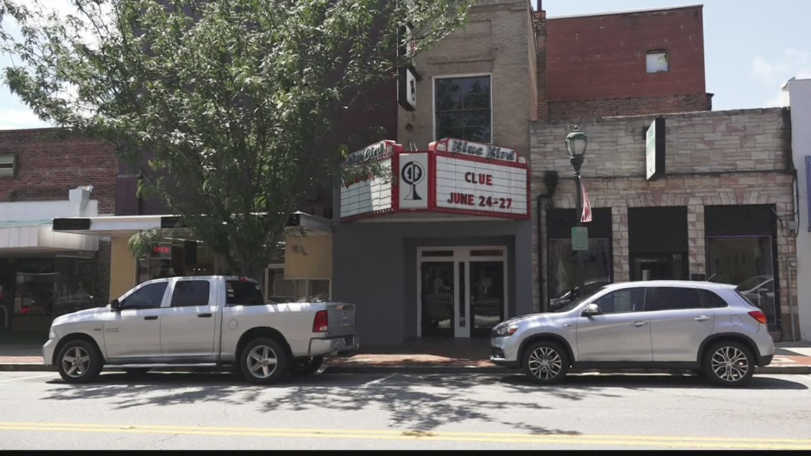 Orangeburg's Blue Bird theater holding fundraiser