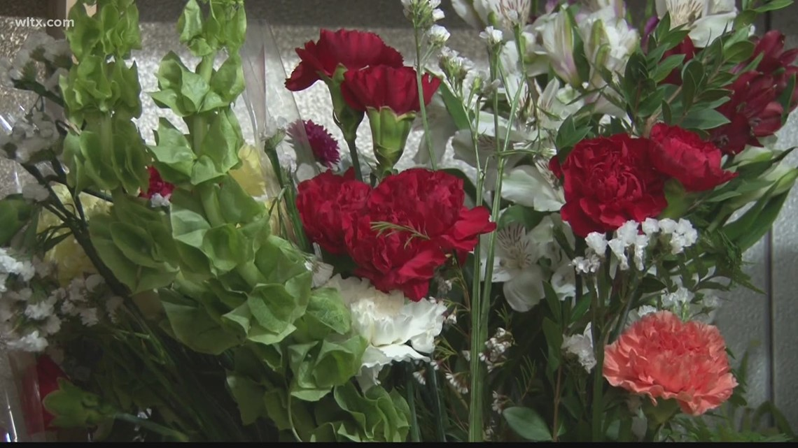 National flower shortage impacting local florists for Mother's Day