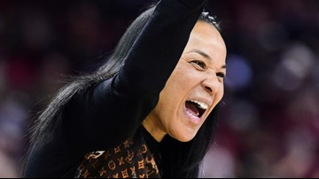 USC women's basketball remains number one in latest poll