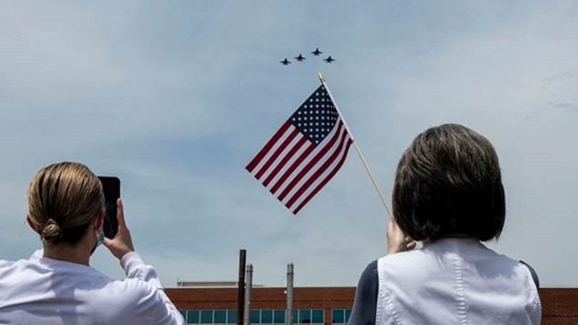 Shaw AFB delights healthcare workers with Viper flyover