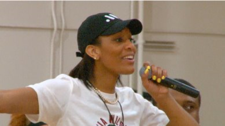 WNBA Star And USC Legend Hosts Camp In Columbia