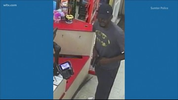 Man robs Family Dollar, forces employees to floor