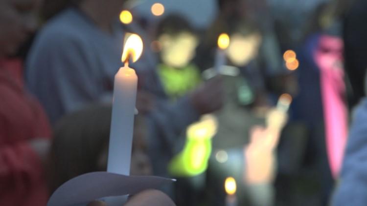 Candlelight vigil held for Faye Swetlik