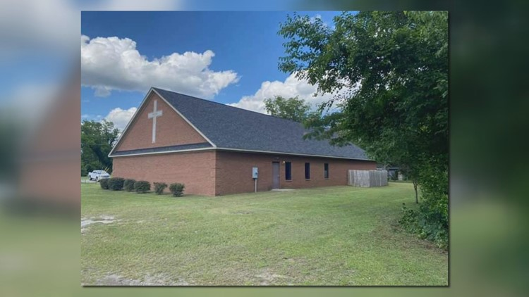 Church finds home in abandoned Sumter building: 'Great things are gonna happen on this corner'