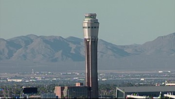 Airport Controller Slurs Words, Alarmed Pilots Respond
