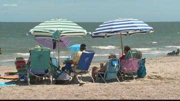 Governor closes public access to beaches