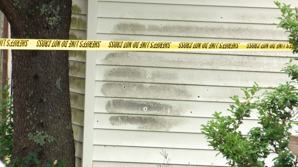 Suspect shoots into Lexington home where two children were inside
