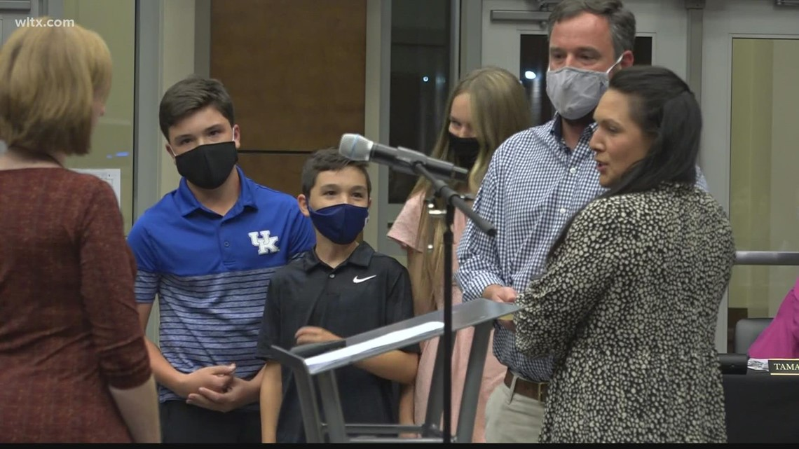 Lexington-Richland Five swears in new board member, proposes incentives for staff amid pandemic