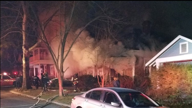 Early morning fire damages home in downtown Columbia