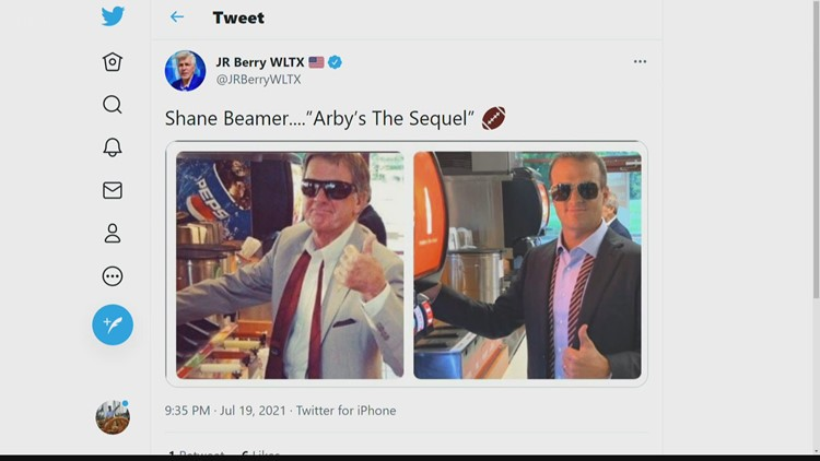 Beamer gives nod to Spurrier in photo recreation