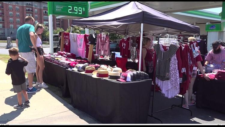 South Carolina game day vendors hopeful for financial comeback this season