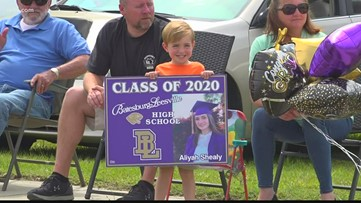 Batesburg-Leesville community honors Class of 2020 with Panther Prowl Parade