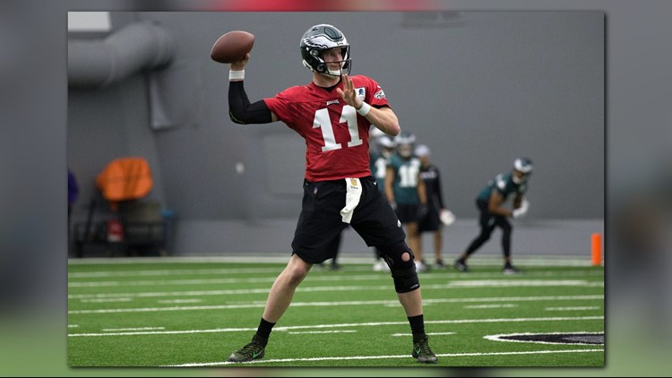 Wentz says he'll go to White House, throws passes at OTAs