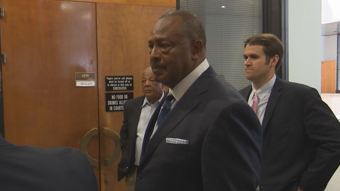 Case against ex-Richland Co  Recreation Commission head continued