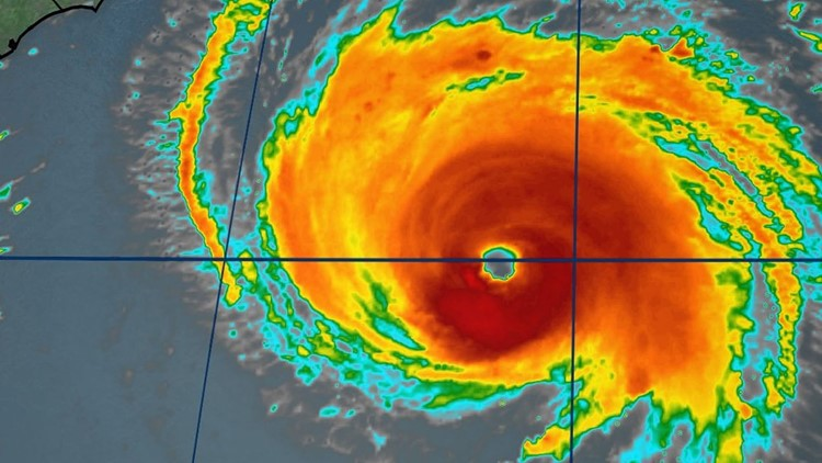 En este momento, personas que viven en nuestra comunidad necesitan iniciar sus preparaciones para el huracán.