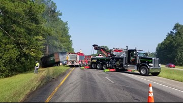 1 dead after tractor trailer, jeep crash on I-26