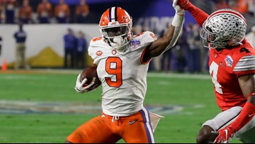 Clemson's Travis Etienne holds off on NFL, coming back for final season