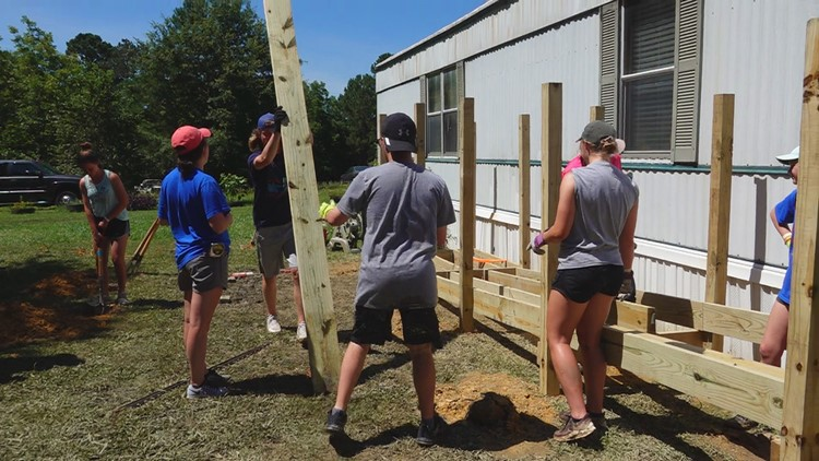 Church, mission groups helping repair homes in Lexington County