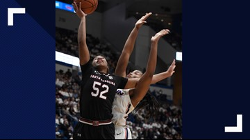 UConn beats South Carolina 97-79