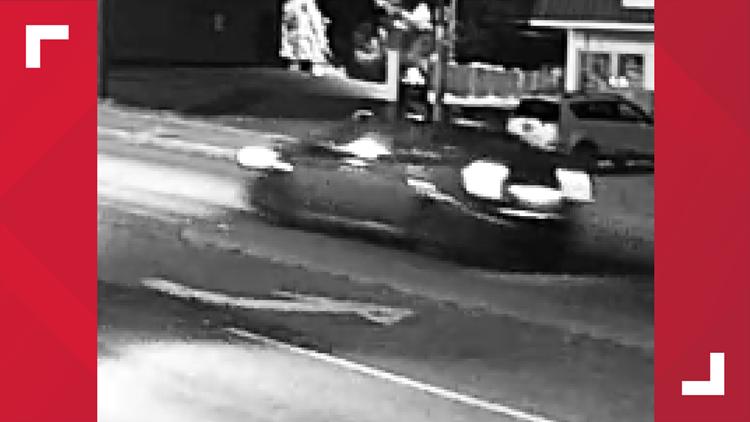 Decker Boulevard robbery suspect vehicle