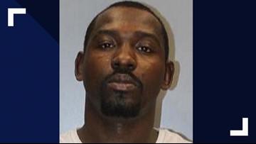 Restaurant manager shoots at robber, runs him off, deputies say