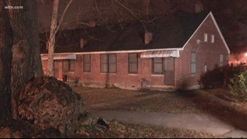 Columbia Fire investigates gas leaks at Columbia apartments.
