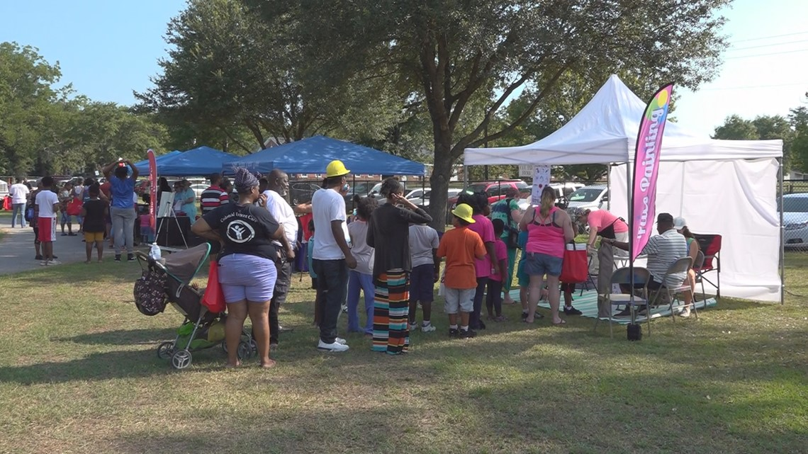 Back to school bash attracts hundreds to Sumter park