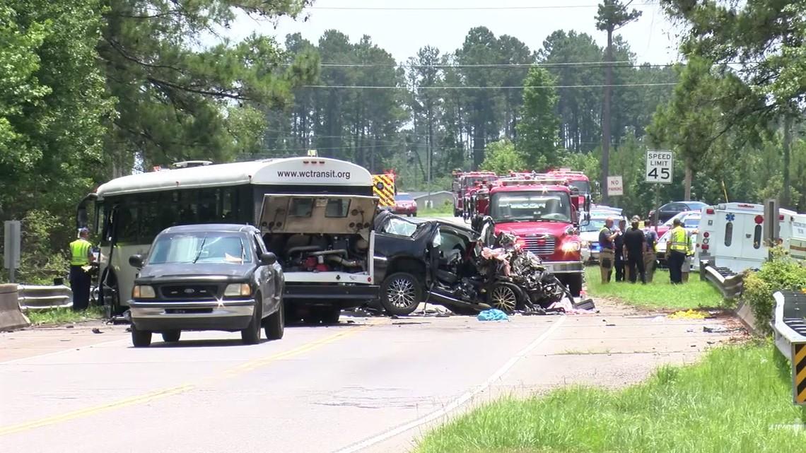 3 dead, multiple injured in South Carolina bus crash: raw video