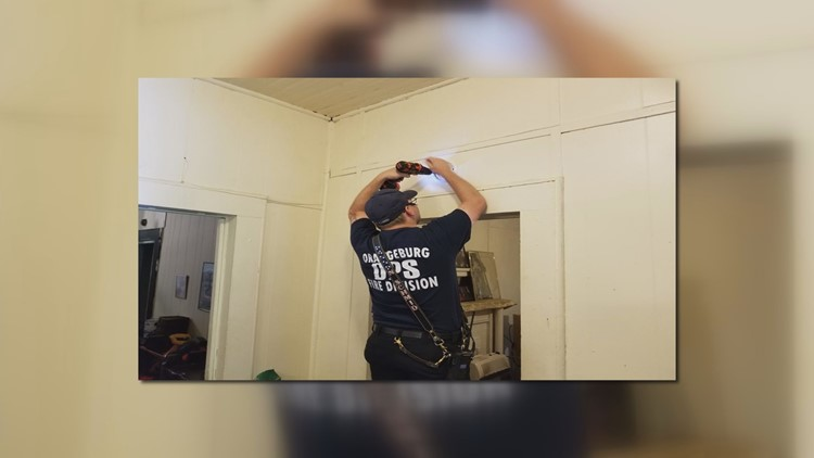 Smoke alarm install