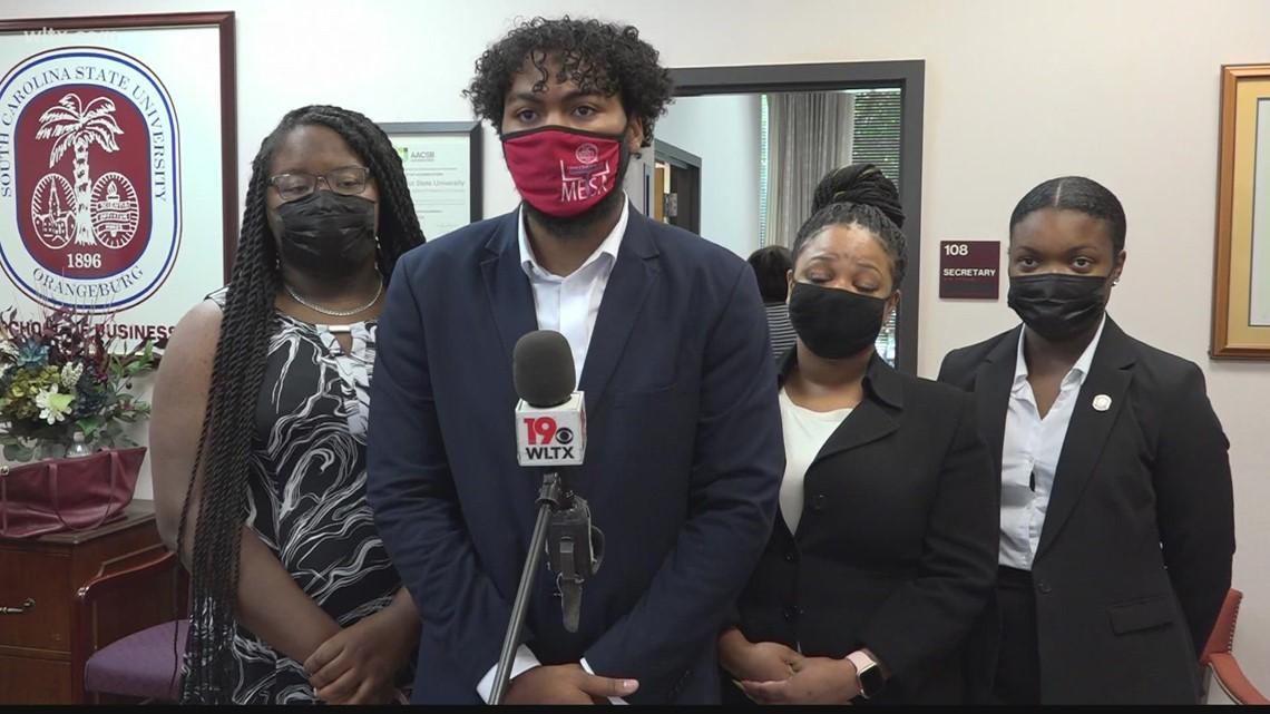 South Carolina State students help company